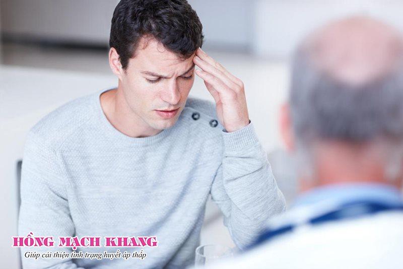 Hoa mắt, chóng mặt có thể do huyết áp thấp, tụt huyết áp